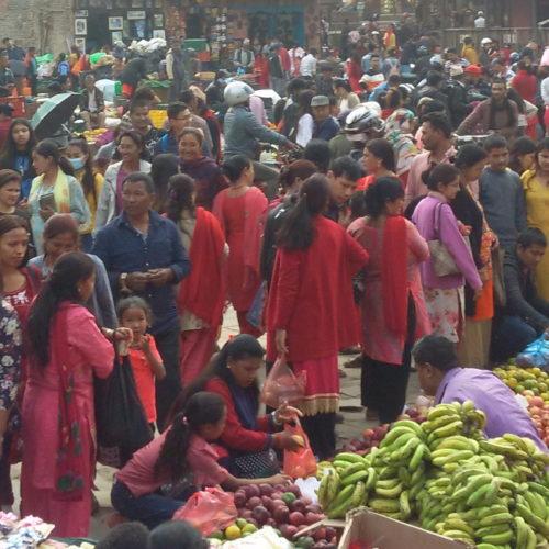 Buntes Marktreiben in der Königsstadt Bhaktapur