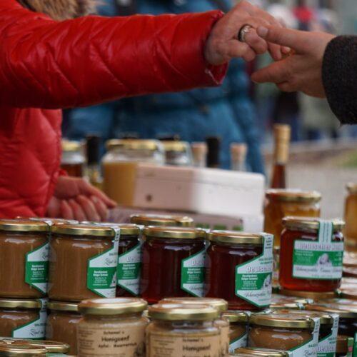 Corona und Honigverkauf
