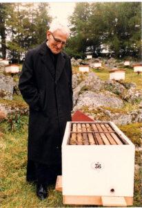 Bruder Adam, Züchter der Buchfast Biene, Foto: Buckfast Abbey