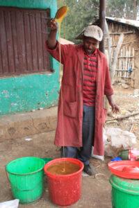 Honig - Imkern in Äthiopien - Foto: Silke Beckedorf